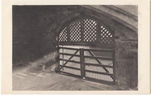 UK, Tower of London, Traitors' Gate, unused Postcard