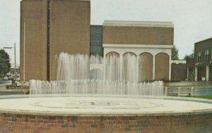 FRANKLIN , North Carolina , 1950-60s ; Court House Fountain
