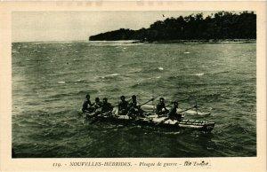 PC CPA NEW HEBRIDES, PACIFIC, PIROGUE DE GUERRE, Vintage Postcard (b19171)