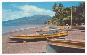 Martinique , Fishing village of CORBAT, 40-60s
