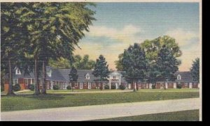 Georgia Perry Moss Oaks Lodge