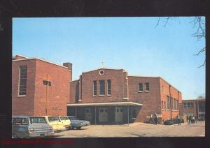 DOVER DELAWARE HOLY CROSS CHURCH SCHOOL VINTAGE POSTCARD 1960's CARS