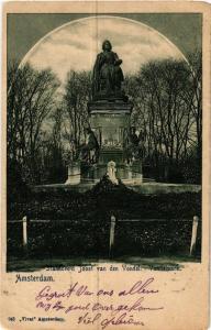 CPA AMSTERDAM No 945 Standbeeld Joost van den Vondel NETHERLANDS (565524)
