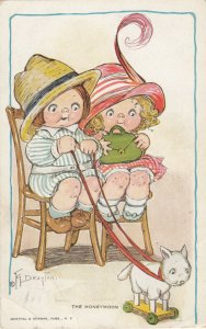 Grace DRAYTON-WIEDERSEIM, PU-1914; Boy & Girl, toy cat on wheels, The Honeymoon