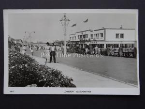 Suffolk LOWESTOFT Claremont Pier & Promenade c1950's RP Postcard by Tokim LW2