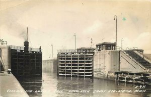 RPPC  SAULT STE. MARIE, Michigan  MI   DAVIS LOCK Closing Gate  1942  Postcard