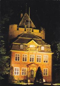 Germany Cuxhaven Schloss Ritzebuettel bei naechtlicher Beleuchtung