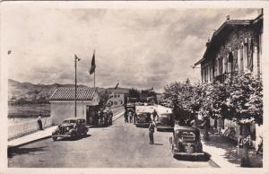 N HENDAYE (Basses-Pyrenees), FRANCE, 1953, La frontiere au pont international
