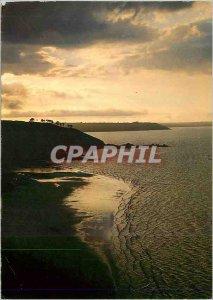 Postcard Moderne Saint Jean Pied de Port (BSES Pyr) Nive and the Roman Bridge...