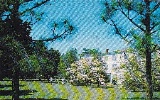 Hollywood Hotel and Golf Putting Green Southern Pines North Carolina