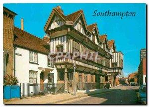Modern Postcard The Tudor House Southampton