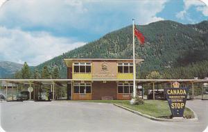 Customs & Immigration Building , KINGSGATE , B.C. , Canada , 50-60s