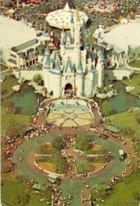 WALT DISNEY WORLD ORLANDO, FL 1975 MAGIC KINGDOM