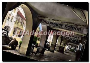 Modern Postcard Lons Le Saunier The arcades