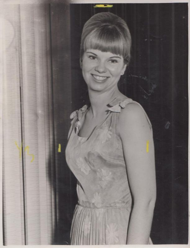 Marilyn Mitchell Poole Dorset Fete Beauty Queen 1970s Media Press Photo