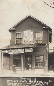 RP: FELICITY , Ohio , 00-10s ; Reither's Photo Gallery shop ; Postcards