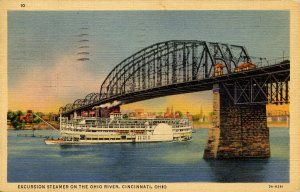 OH - Cincinnati. Excursion Steamer on the Ohio River