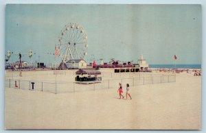 Postcard NJ Wildwood By The Sea Beach View Amusement Park Ferris Wheel M17