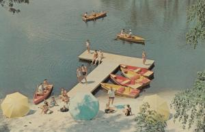 BUSHKILL , Pennsylvania, 50-60s ; Fernwood Lake, Dock, Rowboats