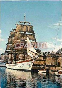 Modern Postcard Saint Malo I and V Tall Ship dns basin before the ramparts Boat