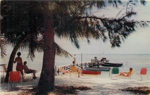 Islamorado FL~Al & Ann Lanning's Sandy Beach Cottages~Bathing Beauties~Dock~1959