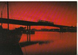 Railway Postcard - Docklands Light Railway - London - Ref TZ9653