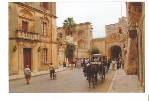 Postal 044031 : La plaza detras de la Puerta Principal S. XVIII - Malta