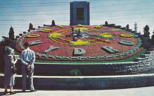 Hudro Floral Clock , Niagara Falls , Ontario , Canada , 40-60s