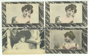 su2417 - Young Women - 4 bordered postcards