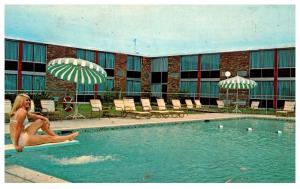 New Jersey  Paramus , Holiday Inn North , pool view