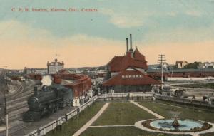 KENORA , Ontario , Canada , 1900-10s ; Train at C.P. Railroad Station