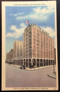 Linen Postcard Unused Union Bus Termminal Pickwick Hotel KC MO LB