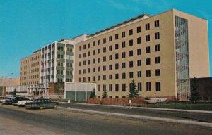 EDMONTON , Alberta , Canada , 1984 ; Royal Alexandra Hospital