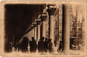 CPA MILANO. Il Duomo dai Portici Settentrionali. ITALY (522250)