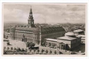 RP: Kobenhavn, Denmark, 20-40s   Christiansborg Slot