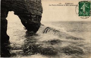 CPA ETRETAT-La Porte d'Amont a Mer montante (269846)