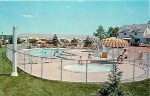 SD, Sioux Falls, South Dakota, Pine Crest Friendship Inn, Pool, Dexter Press