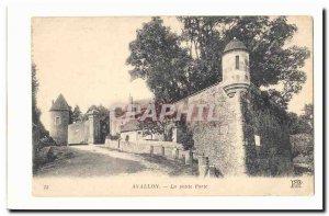 Avallon Old Postcard The little door