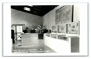 Postcard Museo de Arte Zapoteco, Primera Sala Mitla, Oaxaca, Mexico RPPC Y62