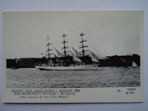 Liverpool MERSEY TALL SHIPS EVENT - DAR MLODZIEZY c1984 Postcard by Pamlin Repro