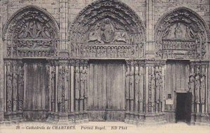 France Chartres La Cathedrale Portail Royal