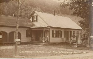 RP: WARDSBORO , Vermont, 1900-10s ; Store & Residence