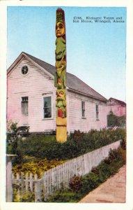 Kicksetti Totem and Sun House Wrangell Alaska AK C108 Linen Postcard Unused