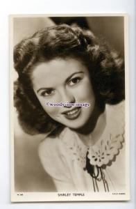 b5737 - Film Actress - Shirley Temple as Adult - Picturegoer No.W.560 - postcard