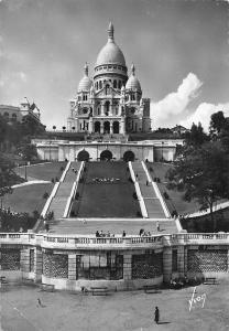 France Paris Le Sacre Coeur de Montmartre et l'escalier monumental