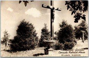 ST. LOUIS, Missouri RPPC Photo Postcard Cenacle Retreat House Garden / Christ