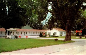Illinois Navoo The Navoo Motel