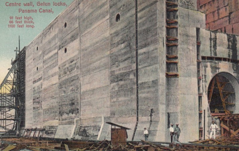 Centre wall , Gatun Locks , Panama Canal , 00-10s