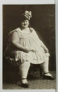 TWO TON TESSIE Faith in All You Can Eat Diet Feared no Size 8 Prom Postcard P8
