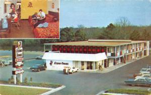 Ormond Beach Florida Econo Travel Motor Hotel Vintage Postcard J73892